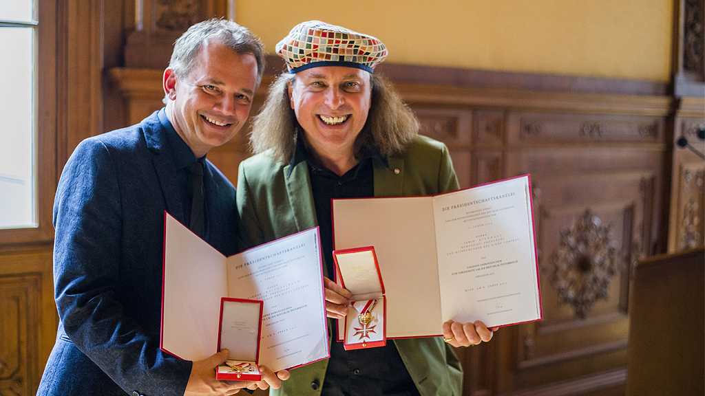 Verleihung des Goldenen Ehrenzeichens für Verdienste um die Republik Österreich an Weichselbaum und Kiennast